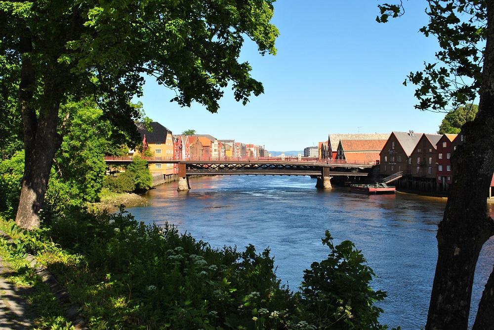 Die Speicherhäuser mit alter Brücke